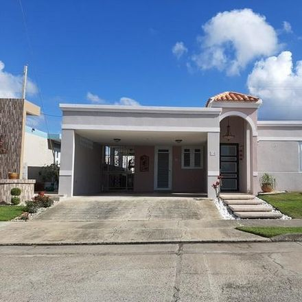 Rent this 3 bed house on PR 00757
