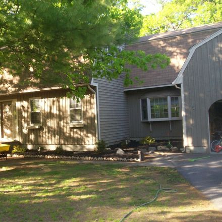 Rent this 2 bed apartment on Plainville in MA, US