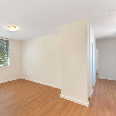 Rent this 2 bed apartment on 1/380 Darling  Street
