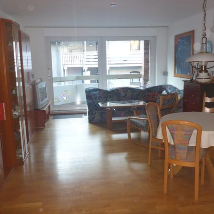 Rent this 3 bed apartment on Wiedstraße 10 in 47441 Moers, Germany