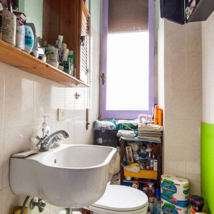Rent this 4 bed room on I Vitelloni in Via Amiterno, 42