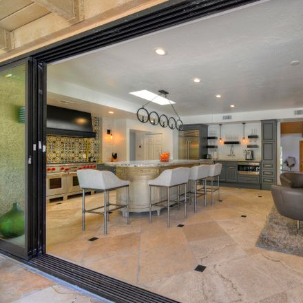 Rent this 3 bed townhouse on East Camelback Road in Phoenix, AZ 85018