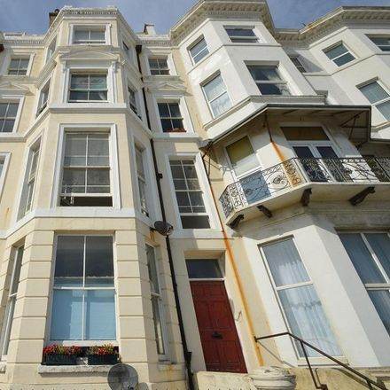 Rent this 1 bed apartment on Grand Parade in Hastings TN37 6DB, United Kingdom
