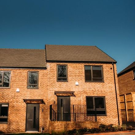 Rent this 4 bed house on Prince Edward Primary School in Queen Mary Road, Sheffield S2 1EE
