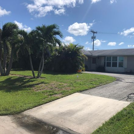 Rent this 3 bed house on 3937 Holly Drive in Palm Beach Gardens, FL 33410