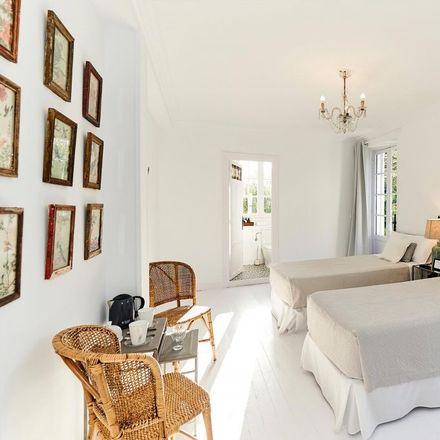 Rent this 8 bed room on Zubiaurre Pasealekua in 10, 20013 Donostia