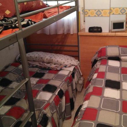 Rent this 3 bed room on Carrer del Garbí in 43882 Calafell, Spain