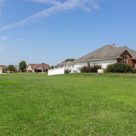Rent this 0 bed apartment on 924 Winchester Green Drive in Wilmington, IL 60481