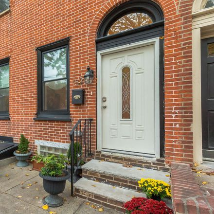Rent this 5 bed townhouse on 523 Fairmount Avenue in Philadelphia, PA 19123
