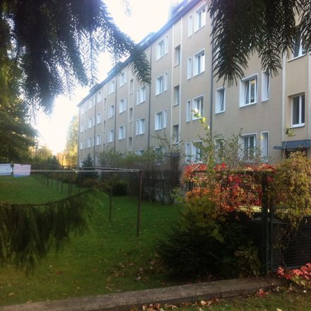 Rent this 2 bed apartment on Dr.-Goerdeler-Straße 15 in 09212 Limbach-Oberfrohna, Germany