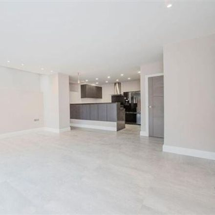 Rent this 2 bed house on Lyndhurst Road in London NW3 5NL, United Kingdom