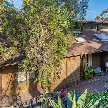 Rent this 3 bed house on 1014 Johnson Avenue in San Diego, CA 92103
