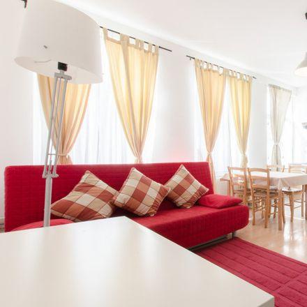 Rent this 1 bed apartment on Rue du Viaduc - Viaductstraat 97 in 1050 Ixelles - Elsene, Belgium