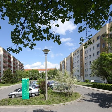 Rent this 3 bed apartment on Lindenstraße 30c in 01796 Pirna, Germany