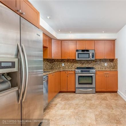 Rent this 3 bed condo on 933 Cypress Grove Drive in Pompano Beach, FL 33069