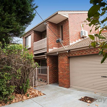 Rent this 2 bed townhouse on 1/1091 Whitehorse Road