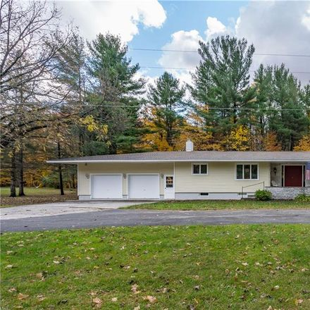Rent this 3 bed house on 32020 Wilton Road in Great Bend, NY 13619