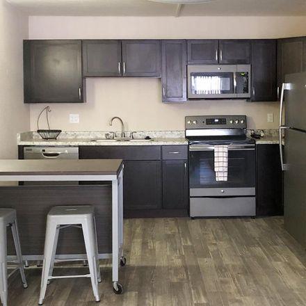 Rent this 3 bed apartment on Casa España in 1725 North Park Avenue, Tucson