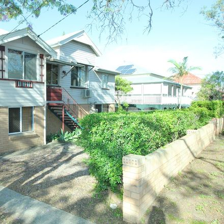 Rent this 5 bed house on 34 Somerset Street