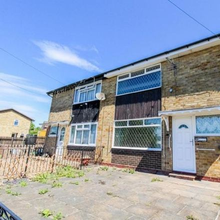 Rent this 2 bed house on Walnut Avenue in Kirklees WF12 8NY, United Kingdom