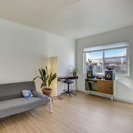 Rent this 2 bed house on 2616 38th Avenue in Oakland, CA 94619