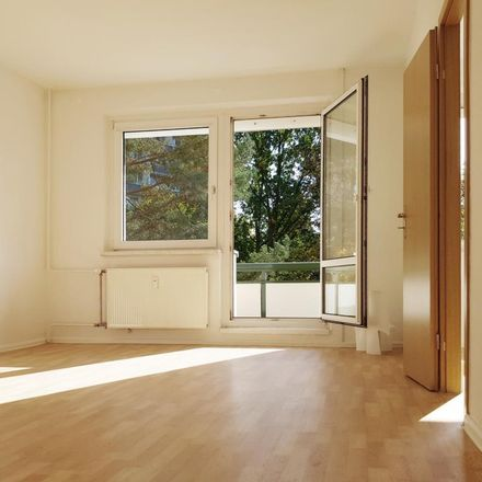 Rent this 3 bed apartment on Ringstraße 57 in 04209 Leipzig, Germany