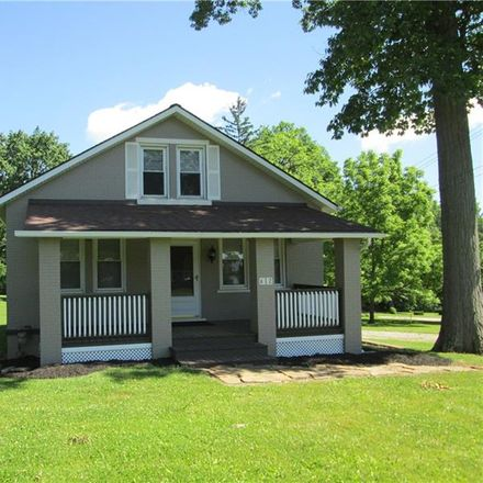 Rent this 3 bed house on 612 Wallace Run Road in Big Beaver, PA 15010