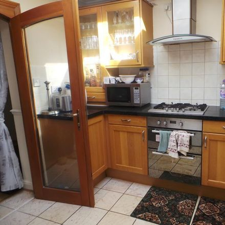 Rent this 4 bed house on 10 Eldon Road in Reading RG1 4DH, United Kingdom