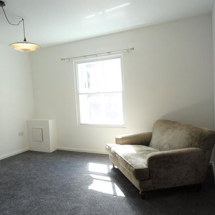 Rent this 1 bed apartment on Ace Taxis in Cheapside, Wakefield WF1 2SD