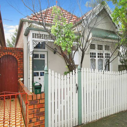 Rent this 3 bed house on 5 Kingston Road