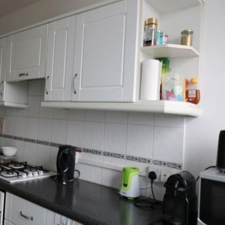 Rent this 0 bed room on Taplow in Hornby Close, London NW3 3JL