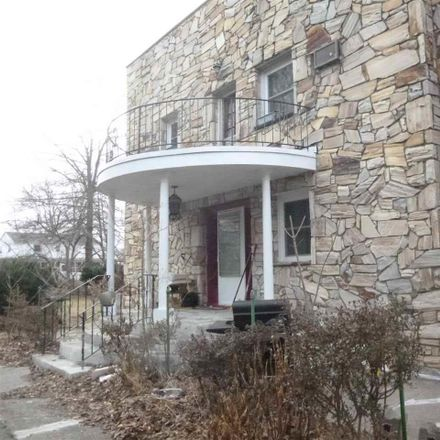 Rent this 4 bed house on 672 Route 208 in Wallkill, NY 12525