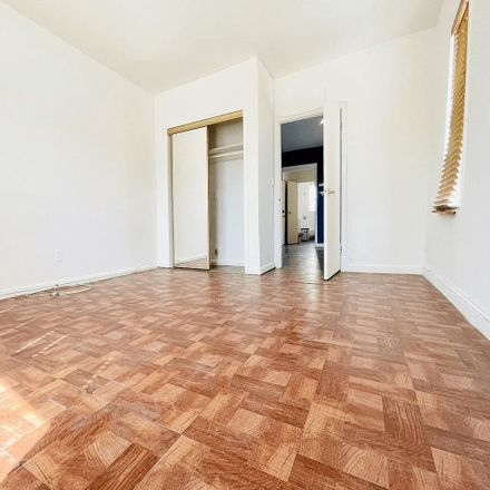 Rent this 1 bed apartment on 929 Morris Park Ave in The Bronx, NY 10462