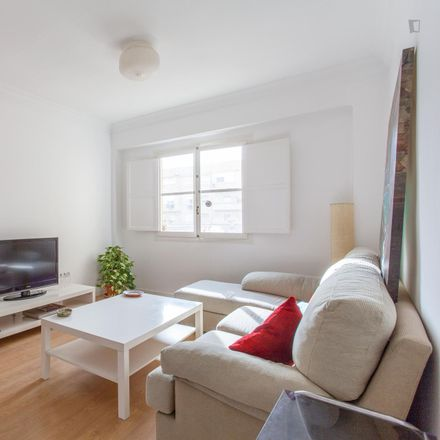 Rent this 3 bed apartment on 098 Sants Just i Pastor in Carrer dels Sants Just i Pastor, 46021 Valencia