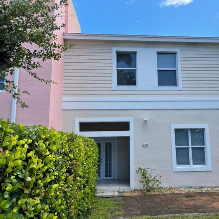 Rent this 3 bed townhouse on Worth Dr in Lake Worth, FL