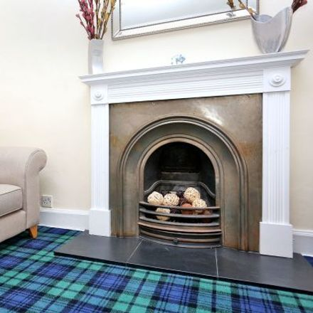 Rent this 3 bed apartment on The World's End in 2-8 High Street, Edinburgh EH1 1TB