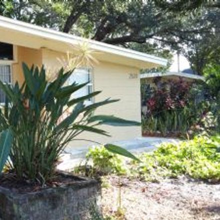 Rent this 2 bed house on 332 43rd Avenue North in Saint Petersburg, FL 33703