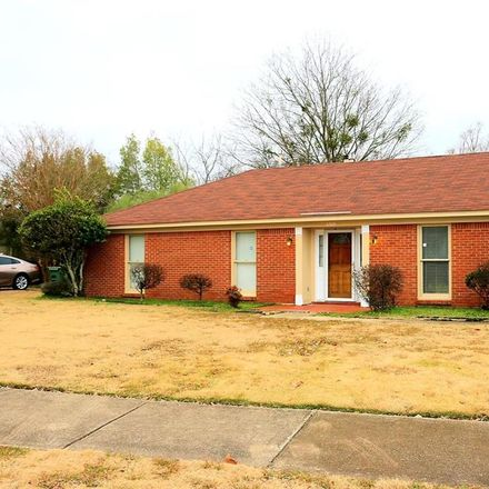 Rent this 3 bed house on 6104 Winesap Road in Montgomery, AL 36117
