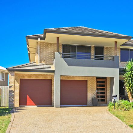 Rent this 5 bed house on 41 Hare Street