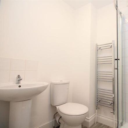Rent this 1 bed room on Sompting Road in Lancing BN15 9LQ, United Kingdom