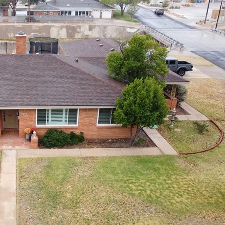 Rent this 3 bed house on 3217 Durant Drive in Midland, TX 79705