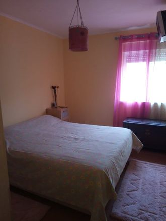 Rent this 3 bed room on R. Baden-Powell in 2645 Alcabideche, Portugal