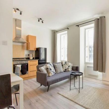 Rent this 1 bed apartment on St. Patrick Square Garden in St Patrick Square, City of Edinburgh EH8 9EY