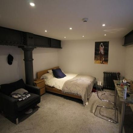 Rent this 4 bed apartment on 13A Lower North Street in Exeter EX4 3ET, United Kingdom