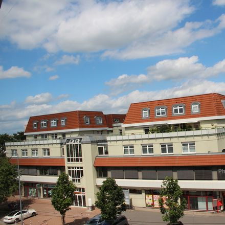 Rent this 3 bed apartment on Rieth CENTER in Riethstraße 1 a, 99089 Erfurt