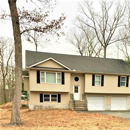 Rent this 3 bed house on Kemodobi Cir W in Dingmans Ferry, PA