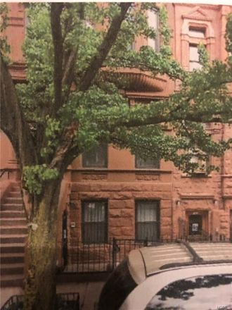 Rent this 1 bed condo on 143 West 122nd Street in New York, NY 10027