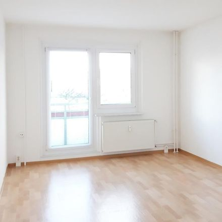 Rent this 1 bed apartment on Rosa-Luxemburg-Allee 61 in 14772 Brandenburg an der Havel, Germany