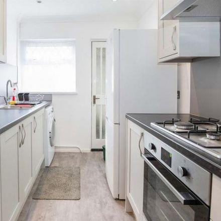 Rent this 3 bed house on Ynyslyn Road in Rhydyfelin CF37 5AS, United Kingdom