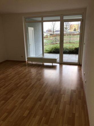 Rent this 3 bed apartment on Lessingstraße 27 in 04758 Oschatz, Germany